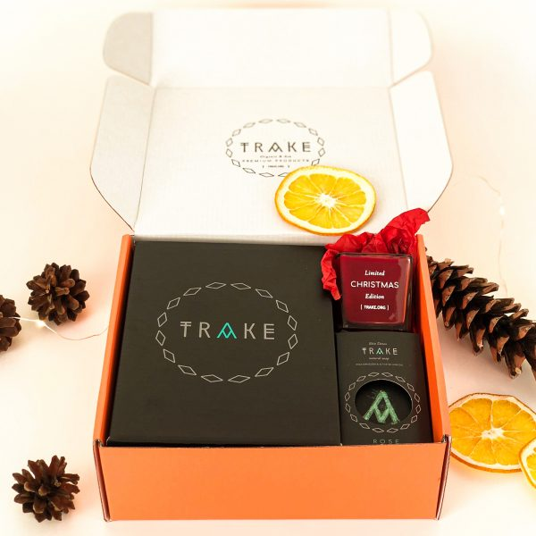Red gift box by TRAKE